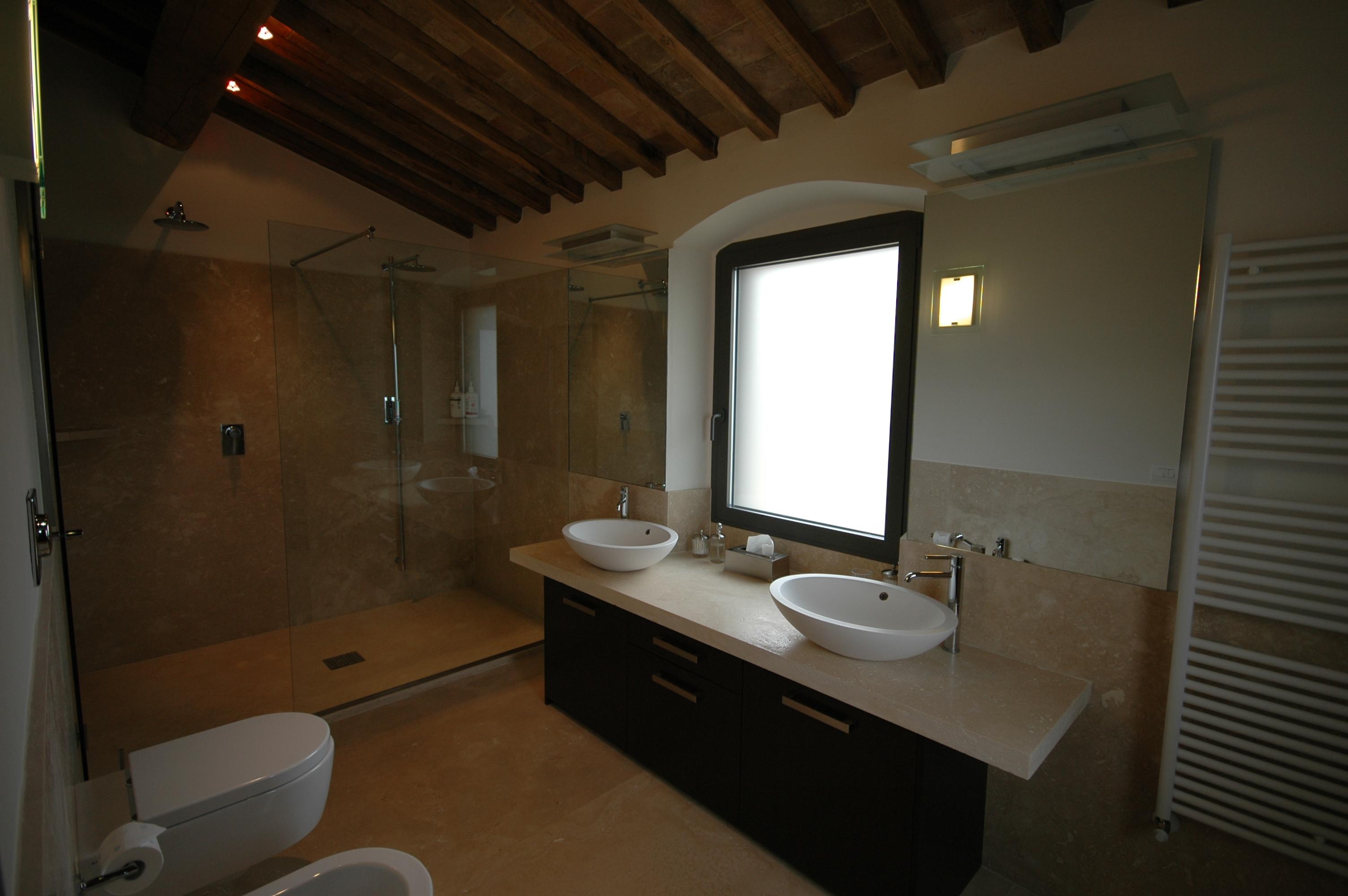 Portfolio bagni in marmo e pietra su misura - Top bagno su misura ...